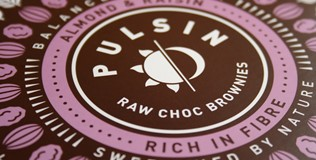 Pulsin brownie Multipack closeup.jpg